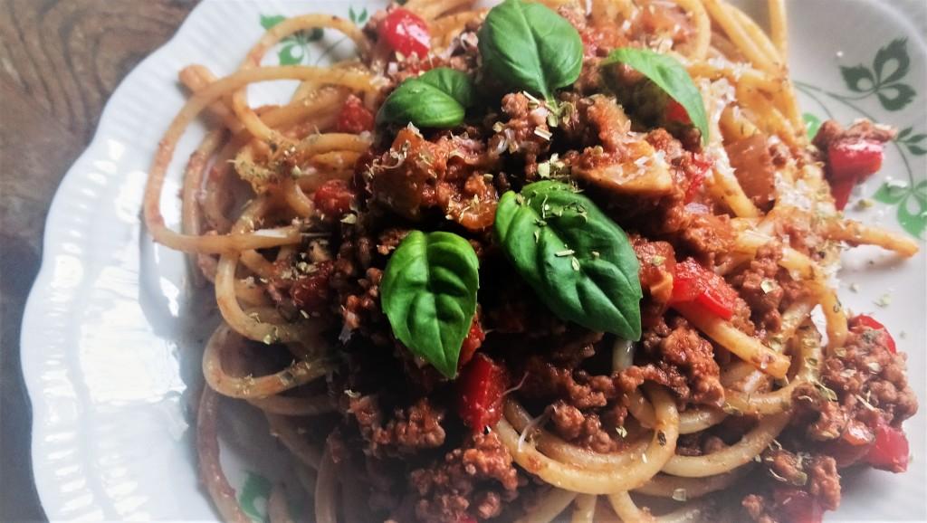 Spaghetti Bucatini